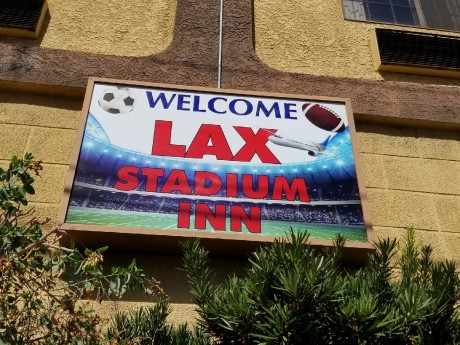 LAX Stadium Inn - Signage